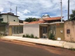 Vende-se casa Village Beira Rio