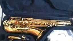 Vendo Saxofone sax-tenor, e 8 aulas grátis a quem adquirir