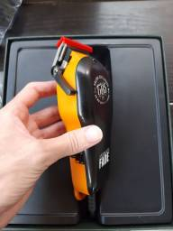 Máquina de cortar cabelo gbs profissional