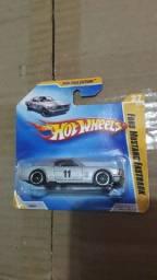 Miniatura Carrinho Hot Wheels Ford Mustang Fastback 1965
