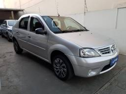 Renault Logan 1.0 16v Authentique 2010