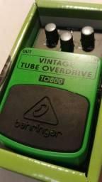 Pedal Behringer TO800 Vintage Tube Overdrive (novo)