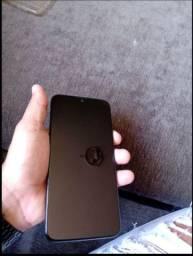 Moto G8 Plus 4 ram 64gb