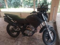 Moto nx falcom 400