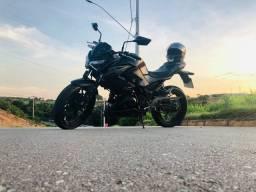 Kawasaki Z-300 / Moto Esportiva
