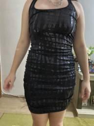 Vestido com brilho preto
