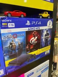 PlayStation 4 slim + 3 jogos com 1 ano de garantia em promoção