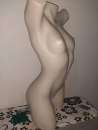 Manequim plástico Busto feminino
