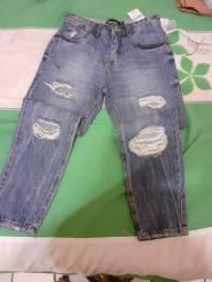 Calça jeans nova na etiqueta