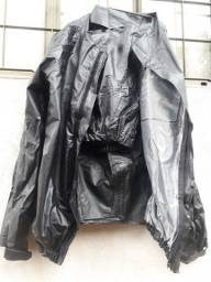 Capa de chuva tamanho g