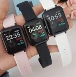 Título do anúncio: Relógio smartwatch B57 ( entrega grátis em Goiânia)