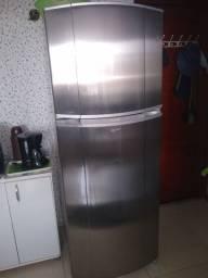 Título do anúncio: Refrigerador Consul CRM50 437 litros inox
