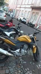 Clio + Cb300