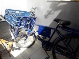 Vende-se bicicleta cargueira