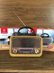 Título do anúncio: Radio AM/FM com Bluetooth e lanterna