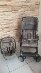 Kit carrinho e bebê conforto burigotto