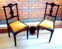 Par de cadeiras de madeira de estúdio de música, cadeira a saraus