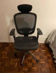Cadeira presidencial em tela para Home Office