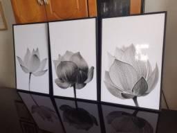 Trio quadros em moldura filete