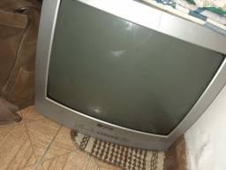 DVD e TV por 100,00