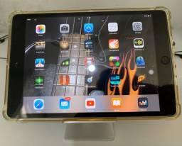 iPad mini Apple muito conservado