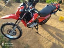 Moto Honda Bros 160