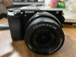 Câmera Sony a6000 mirrorless