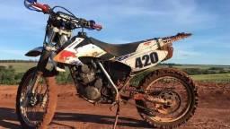 Moto de Trilha e Cidade XR200 - 2003