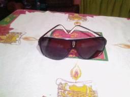 Óculos de sol feminino carrera