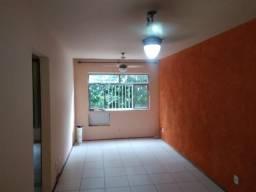 Apartamento em Bangu, 2 Quartos, 1 Banheiro, 1 Vaga de Garagem, Playground. Aceito carta