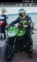 Macacao motociclista