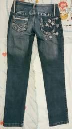 Vendo Calça jeans bordada