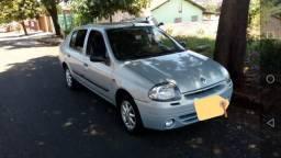 Clio sedan 1.6 completo RT - 2001