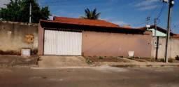 Casa confortável de 3 quartos ? 1 suíte ? Residencial Araguaia ? Aparecida de Goiânia-GO