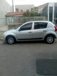 Sandero 1.0 Completo - 2011
