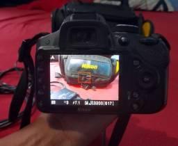 Câmera nikon dslr D3200
