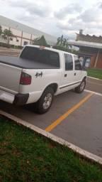 S10 98 dupla diesel R$ 26.000