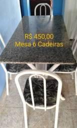 Mesa em mármore e 6 cadeiras - R$ 450,00