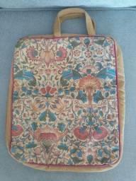 Bolsa em patchwork para notebook ou afins