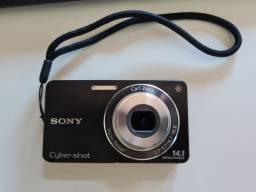 Vendo câmera Sony DSC-W350 14.1 Megapixels na caixa