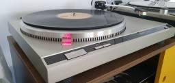 Toca disco Technics SL-Q2 (Semi-nova)