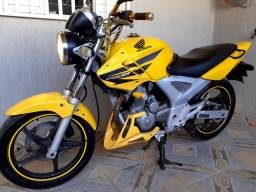 Vendo ou troco esta twister por motos 150 ou 160cilindradas