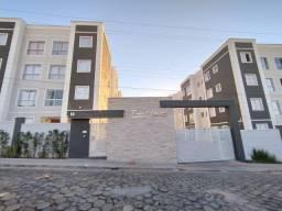 Lindo Apartamento 2 Quartos, Cozinha Americana, Porcelanato no Cascalho em Lavras/MG