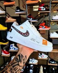 Nike justt