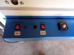 Maquina sacoleira semi- automática