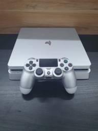 PlayStation 4 slim 500gb ou 1tb na x1, hr da diversão
