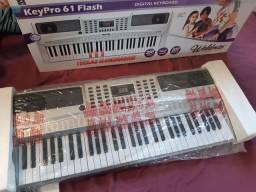 Teclado musical Waldman Keypro 61 flash