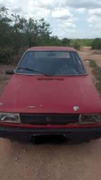 Vendo um carro Fit prêmio ano 1986
