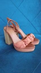Sandália salto alto Carmim tamanho 34