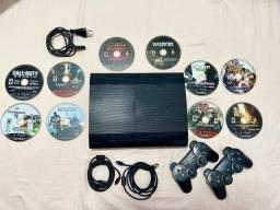 PS3 COM 2 CONTROLES+CABOS USB+10 JOGOS ORIGINAIS